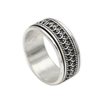 Sterling silver meditation spinner ring, 'Dragon Scale' - Hand Made Sterling Silver Balinese Meditation Spinner Ring