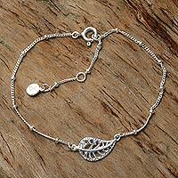 Sterling silver pendant bracelet, 'Holy Leaf' - Handmade Indonesian Sterling Silver Pendant Leaf Bracelet