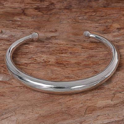 Sterling silver cuff bracelet, 'Majestic Horn' - Hand Made Sterling Silver Cuff Bracelet from Indonesia