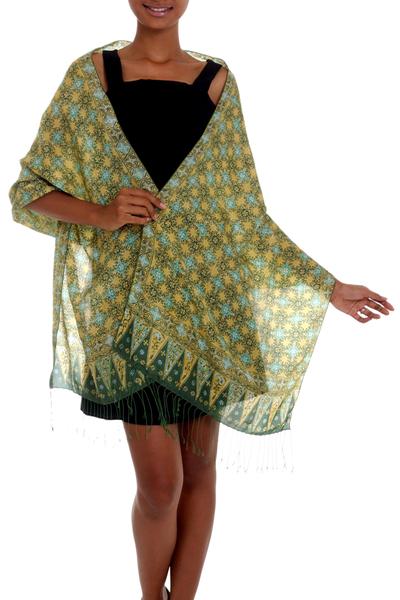 Batik silk shawl, 'Star Truntum' - Green Batik Handstamped 100% Silk Shawl