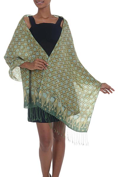 Silk batik shawl, 'Truntum Ijo' - Green Truntum Patterned 100% Silk Batik Shawl