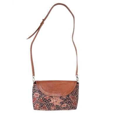 Novica Leather shoulder bag, Sweet Success
