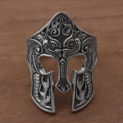 Men's sterling silver cocktail ring, 'Brawijaya Mask' - Sterling Silver Men's Dragon Balinese Warrior Ring