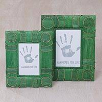 Natural fiber photo frames, 'Circle of Memories in Green' (4x6 and 3x5) - 4x6 and 3x5 Natural Fiber Indonesian Photo Frames in Green