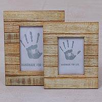 Wood photo frames, 'Wood Stripes' (4x6 and 3x5) - 4x6 and 3x5 Natural Finish Albesia Wood Photo Frames