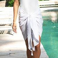Rayon sarong, 'Paradise Breeze in White' - Handmade White 100% Rayon Short Sarong from Indonesia