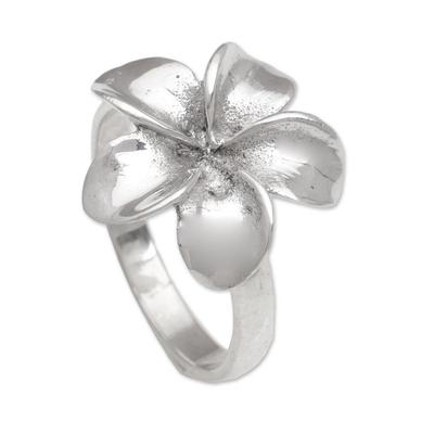 Sterling silver cocktail ring, 'Wangi Jepun' - Handcrafted Sterling Silver Floral Cocktail Ring from Bali
