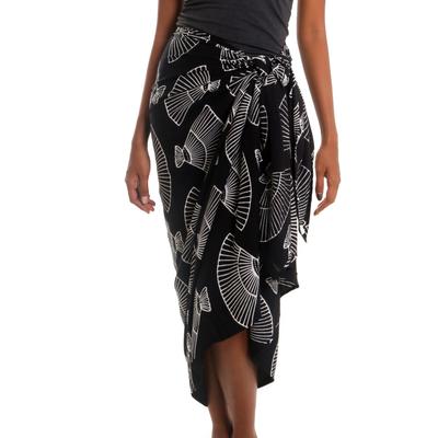 Black and White Cotton Blend Sarong with Batik Shell Print