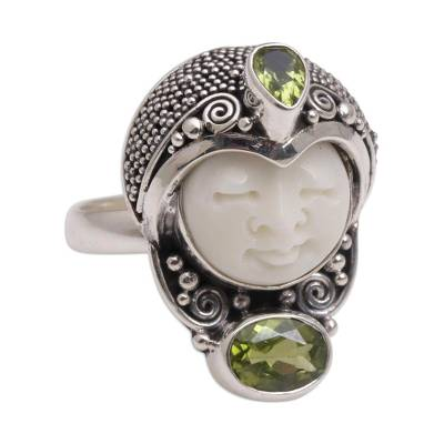 Peridot cocktail ring, 'Moonlight Prince' - Peridot and 925 Silver Face Shaped Cocktail Ring from Bali