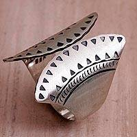 Sterling silver wrap ring, 'Dainty Fans' - Sterling Silver Fan-Shaped Wrap Ring from Bali