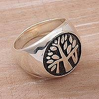 Sterling silver signet ring, 'Beringin Magic' - Handcrafted Sterling Silver Signet Ring with Tree Motif