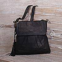 Leather sling, 'Onyx Attraction' - Handcrafted Leather Sling Handbag in Onyx from Java