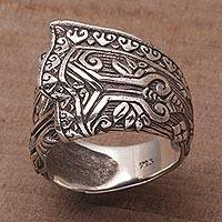 Sterling silver cocktail ring, 'Songket Knot' - Sterling Silver Cultural Cloth Cocktail Ring from Bali