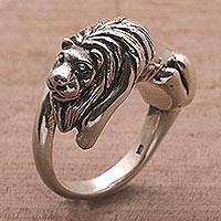 Sterling silver cocktail ring, 'Jungle King' - Sterling Silver Lion-Shaped Cocktail Ring from Bali