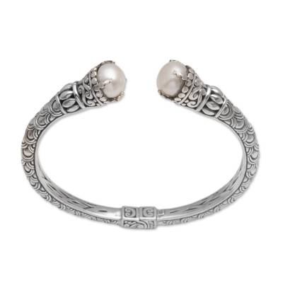 Cultured pearl cuff bracelet, 'Queenly Crowns' - Cultured Pearl and Sterling Silver Cuff Bracelet from Bali