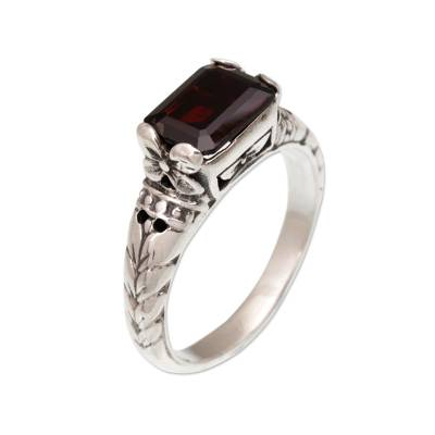 Garnet single stone ring, 'Padang Galak Beauty' - Garnet and Silver Floral Single Stone Ring from Bali