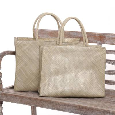 Pandan leaf shopping bags, 'Market Passion' (pair) - Pair of Handwoven Pandan Leaf Shopping Bags from Bali
