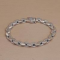 Men's sterling silver chain bracelet, 'Carried by the Wind' - Men's Handcrafted Sterling Silver Chain Bracelet from Bali