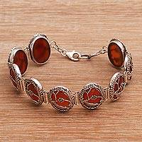 Carnelian link bracelet, 'Avian Curiosity' - Oval Link Bracelet with Carnelian and Sterling Silver