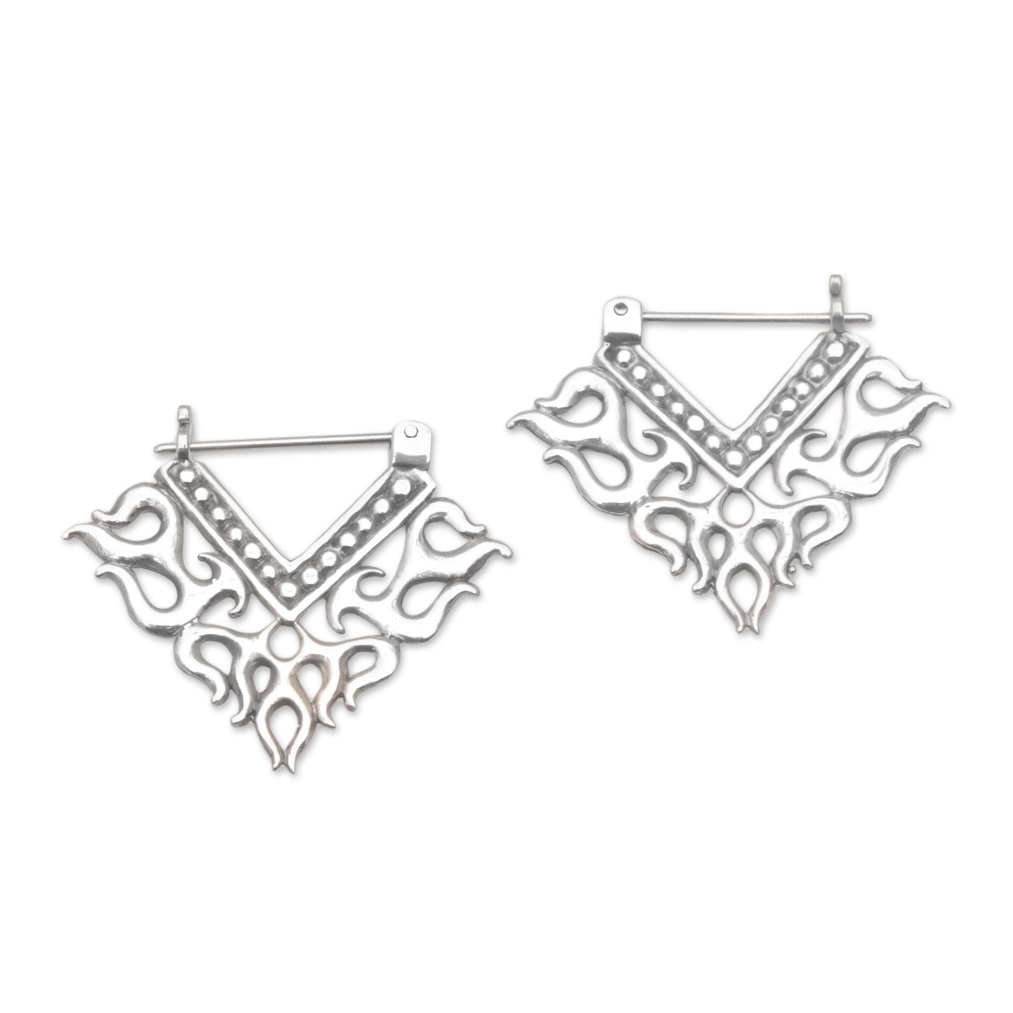 f5717e529 Kiva Store   Tribal Style Sterling Silver Hoop Earrings from Bali ...