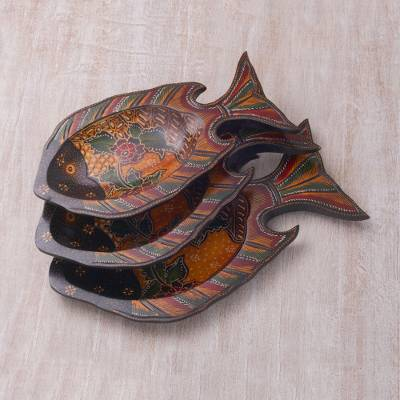 Wood decorative platters, Batik Fish (set of 3)