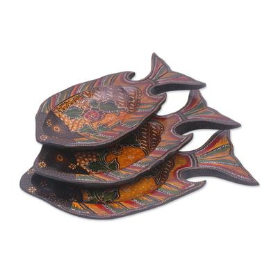 Javanese Pule Wood Batik Decorative Fish Platters (Set of 3)