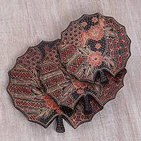Wood batik decorative platters, 'Batik Lily' (set of 3) - Wood Batik Decorative Lily Platters in Red (Set of 3)