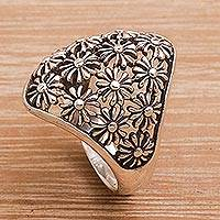 Sterling silver cocktail ring, 'Sunflower Delight' - Handmade 925 Sterling Silver Floral Cocktail Ring