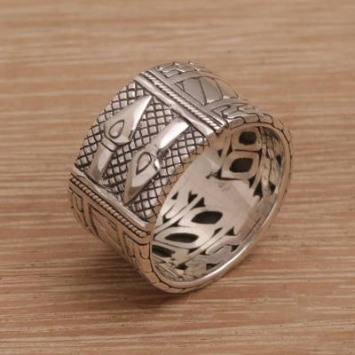 Men's sterling silver band ring, 'Knight Soul' - Men's Sterling Silver Engraved Ring with Spears