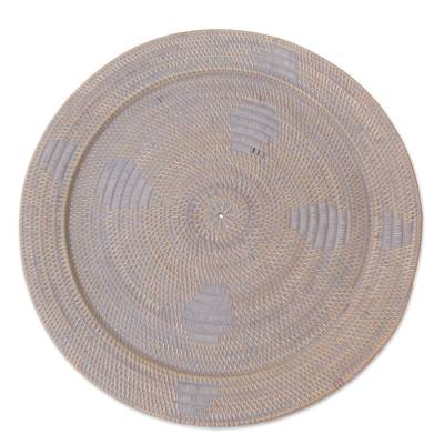 Handmade Ate Grass and Bamboo Decorative Tray from Indonesia
