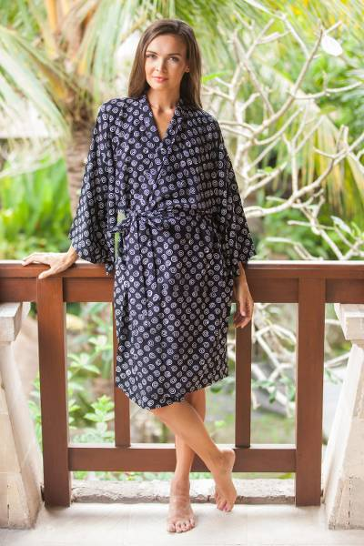 Rayon short robe, 'Sensational Swirls' - White Swirls on Black Rayon Short Robe