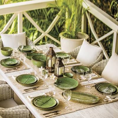 Ceramic dinner plates, 'Banana Vibes' (set of 4) - Ceramic Banana Leaf Dinner Plates (Set of 4) from Bali