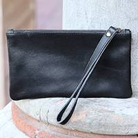 Leather wristlet, 'Cepuk Secret in Black' - Black Leather Wristlet with Cepuk Interior and Pocket