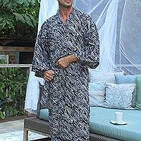Men's cotton robe, 'Onyx River' - Men's Cotton Robe in Onyx and Eggshell from Bali