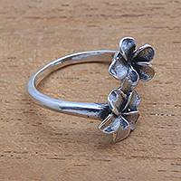Sterling silver cocktail ring, 'Plumeria Twins' - Floral Sterling Silver Cocktail Ring from Bali