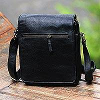 Leather sling, 'Ngayogyakarta Onyx' - Handmade Leather Sling in Solid Onyx from Bali