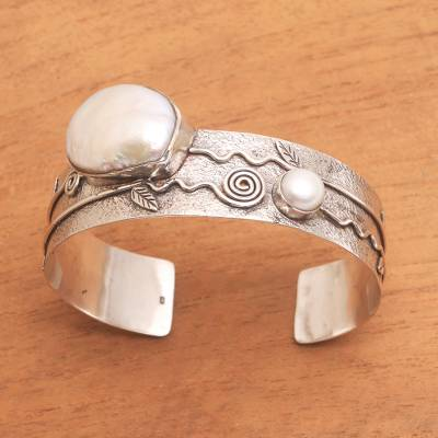Cultured pearl cuff bracelet, Soul of Bedugul