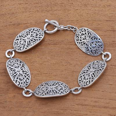Sterling silver link bracelet, 'Oval Shields' - Oval Sterling Silver Link Bracelet from Indonesia