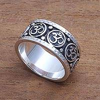 Men's sterling silver band ring, 'Blessed Omkara' - Men's Sterling Silver Om Band Ring from Bali