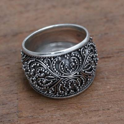 Sterling silver band ring, 'Garden of Bali' - Handcrafted Sterling Silver Band Ring from Bali