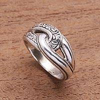 Sterling silver band ring, Elegant Link