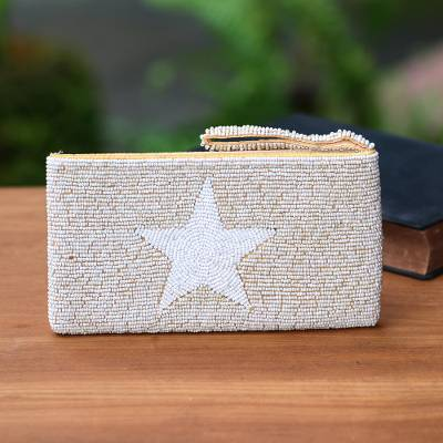 Beaded wristlet, 'White Star' - Star Pattern Beaded Wristlet from Bali