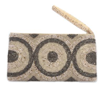 Circle Pattern Beaded Wristlet from Bali