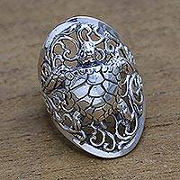 Sterling silver cocktail ring, 'Elegant Sea Turtle' - Sea Turtle Sterling Silver Cocktail Ring from Bali