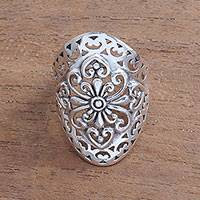 Sterling silver cocktail ring, 'Openwork Flower'