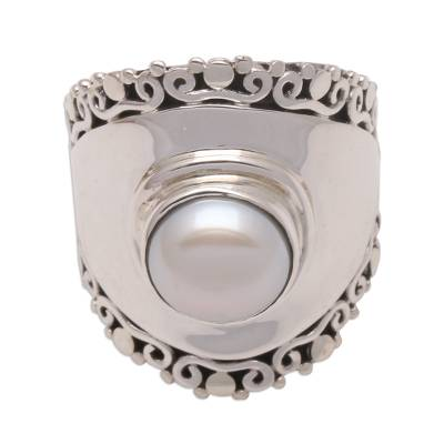 Cultured pearl cocktail ring, 'Mountaintop in White' - White Cultured Pearl Cocktail Ring Crafted in Bali