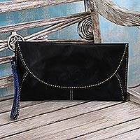 Leather handbag, 'Easygoing in Black' - Leather Envelope Handbag in Black from Java