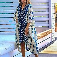 Tie-dyed rayon caftan, 'Pantulan Segara Bliss' - Artisan Crafted Tie-Dyed Rayon Caftan from Java