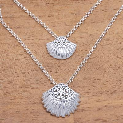 Sterling silver pendant necklace, 'Gleaming Clam Shells' - Sterling Silver Clam Shell Pendant Necklace from Bali