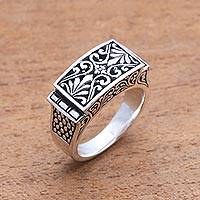 Sterling silver signet ring, 'Extraordinary Vines' - Vine Pattern Sterling Silver Signet Ring Crafted in Bali